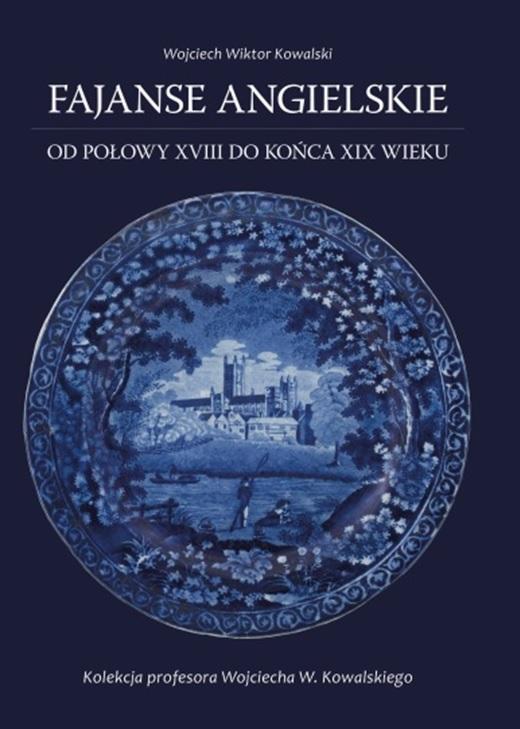 Okładka książki na której widać niebieski talerz fajansowy.