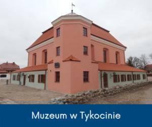 Widok na fasadę Synagogi w Tykocinie